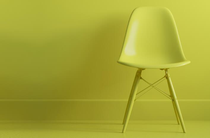 Canon   Boligindretning   Grøn stol og tapet